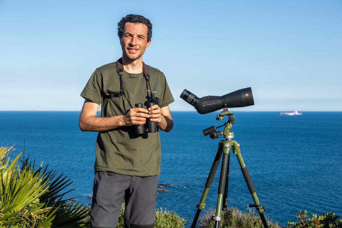 Ugo Mellone con Apo Televid 82 e Noctivid 10x42, Stretto di Gibilterra, Spagna Leica Natura