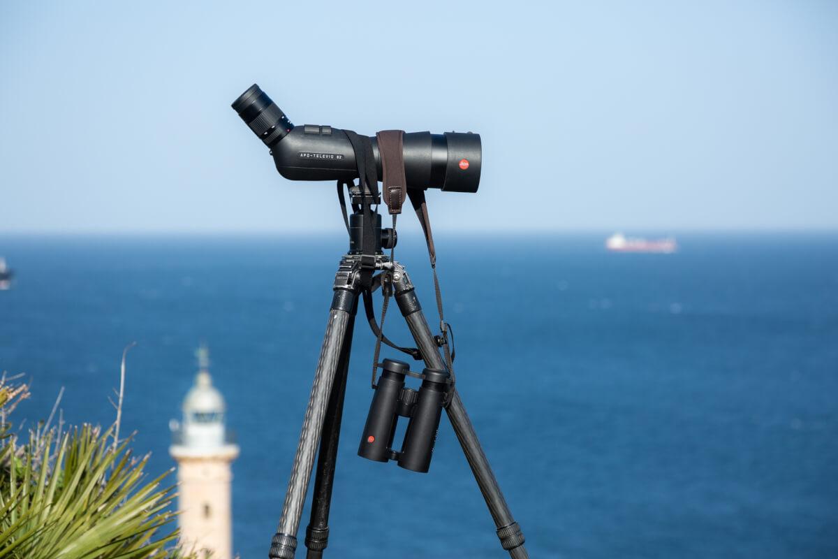La strumentazione utilizzata in questo progetto: telescopio da osservazione e digiscoping Leica Apo Televid 82 con oculare 25-50ww binocolo Noctivid 10x42. Tarifa Leica Natura